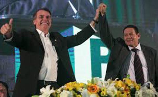 Vice de Bolsonaro fala em Golpe Militar durante entrevista a  Globo NEWS