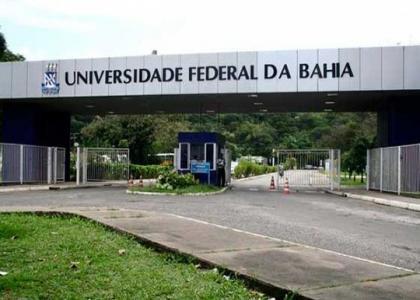 O governo Federal corta verba da Educação na Bahia