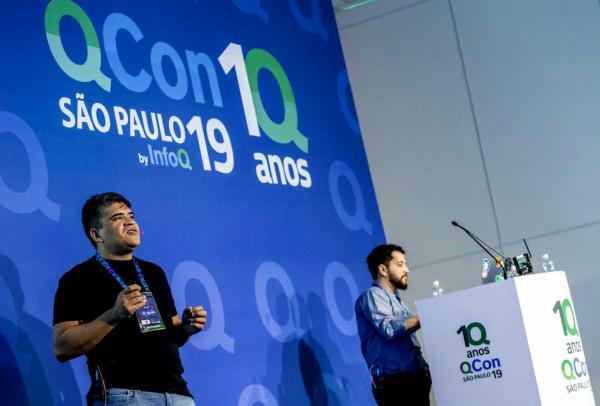 Edição comemorativa de 10 anos da QCon1Q em São paulo