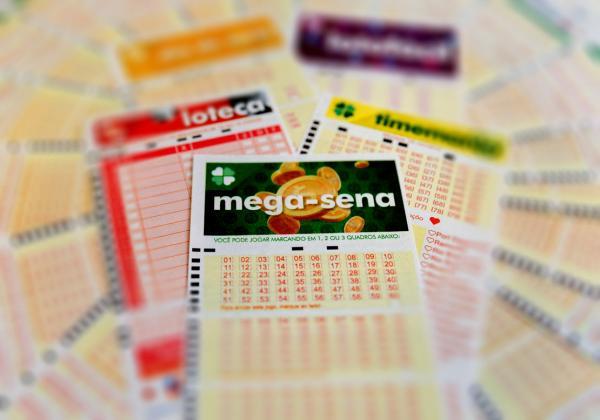 Mega-Sena acumula prêmio e vai a R$ 275 milhões